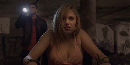 file_604036_it-follows-movie-review